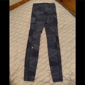 Navy blue stripped Lulu Lemon leggings